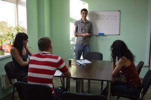 Уроки английского (Киев). Мы поможем тебе выучить английский за пару месяцев!